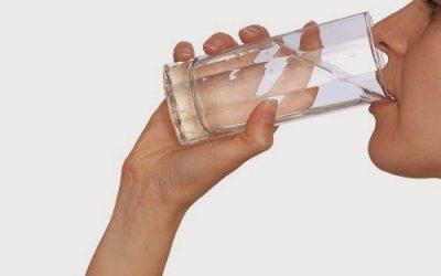 La función del agua en la alimentación